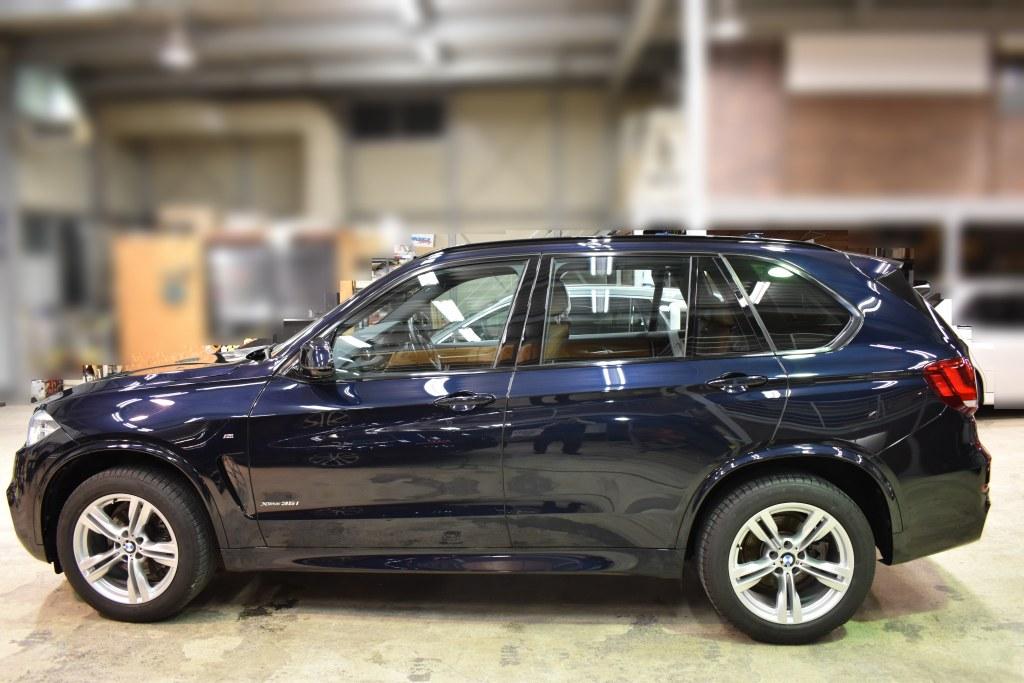 BMW X5 サイド