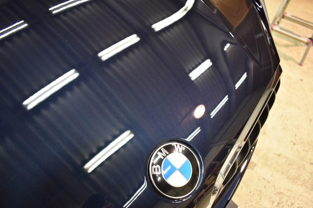 BMW X5 ボンネット